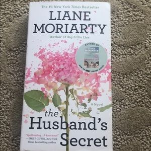 Book - The Husband's Secret by Liane Moriarty